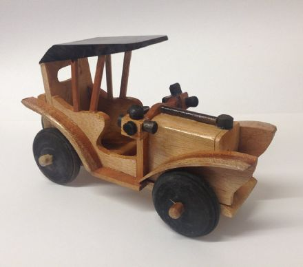 Hand Crafted Wooden Classic Volkswagen Car with Turning Wheels